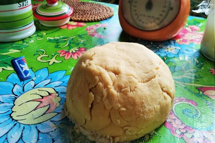 il pastone da cui vengono formate le pagnottelle