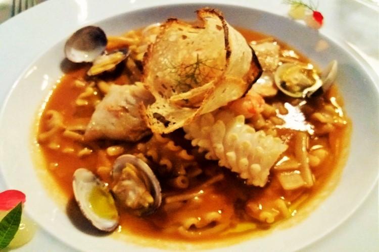 Minestra di pasta mista di pesce il giardino amma cucena