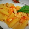 paccheri pescatrice pomodoro giallo e tarallo sbriciolato
